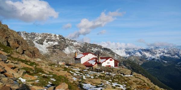 Rif. Longoni CAI (2450m) auf den dem südwestlichen Rücken der Sassa d' Entova - 10.09-2019