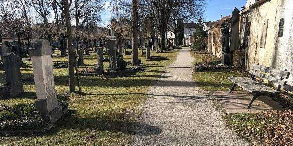 Der Alte Friedhof in Laufen