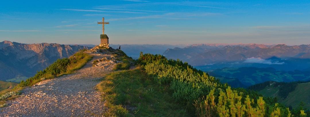 Gipfelkreuz Geigelstein - Dieses Jahr feiert das NSG rund um den Geigelstein sein 30-jähriges Jubiläum