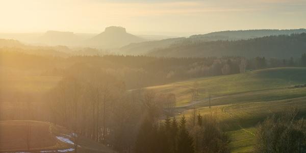 Blick von Lichtenhain Richtung Lilienstein und Festung Königstein