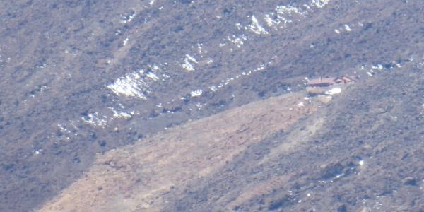 Refugio Altavista von der Straße aus gesehen.