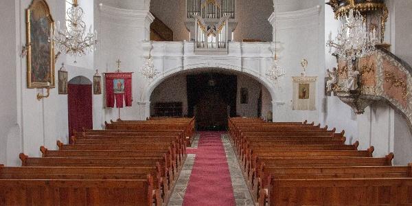 Pfarrkirche Stubenberg mit Blick auf die Orgel | Orgelwandern