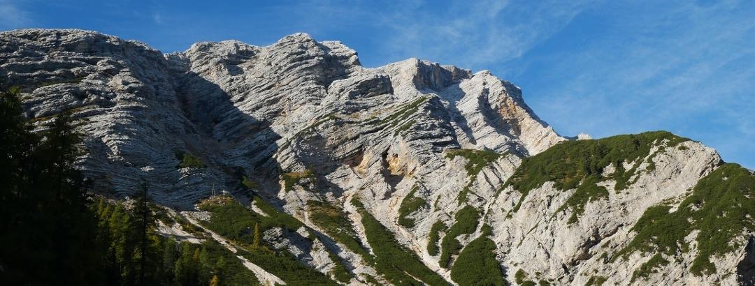 Der Seekofel an der Grenze zwischen Südtirol und der Provinz Belluno in Italien