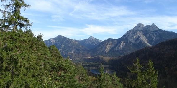 Blick auf die Königsschlösser vom Kalvarienberg