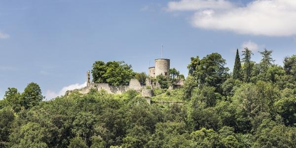 Schloßberg mit Burgruine Hohennagold