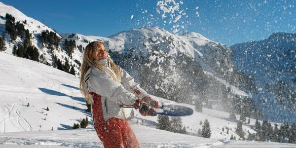 Der Skikindergarten befindet sich auf den Skipisten im Ankunftsbereich des Sessellifts Latemar