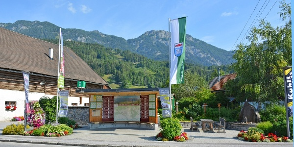 Dorfplatz in Weißenbach