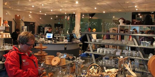 Gift shop in Polaria