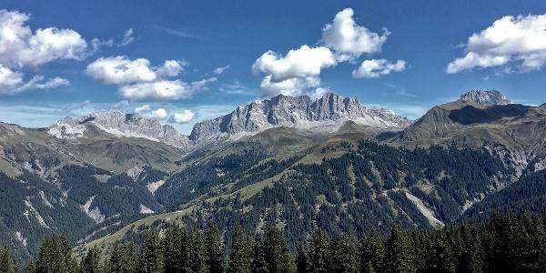 Kirchlispitzen, Schweizertor und Drusenfluh (von links)