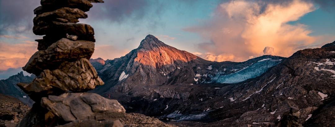 Atemberaubender Sonnenuntergang  mit Blick auf die Schesaplana.