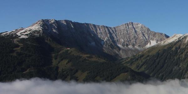 Blick von der Tuftelalm zur Wolfratshausener Hütte