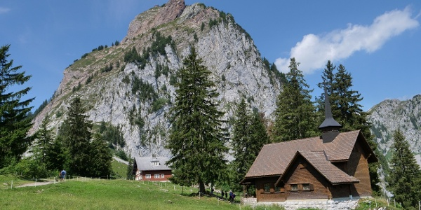 Kapelle Holzegg und Grosser Mythen
