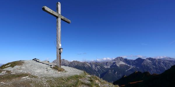 Gipfelkreuz am Gründegg