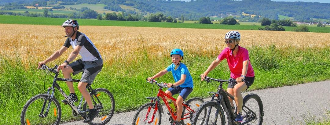 Radfahrer auf der Hohenloher Ebene