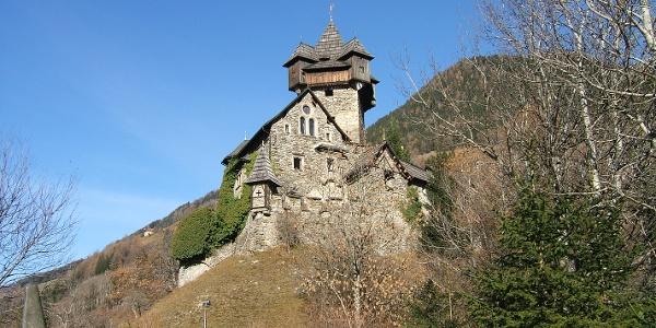 Burg Niederfalkenstein
