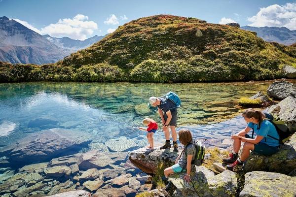 Blausee am Furka Höhenweg
