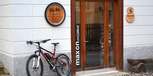 Bike Stop Lavin