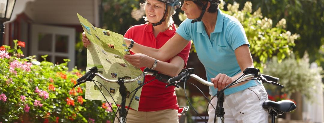 Radfahrer vor dem SHG Ritter