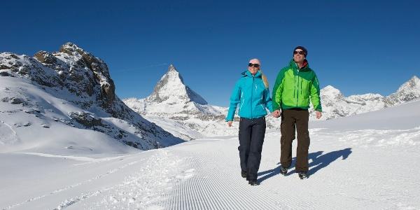 Unterwegs nach Rotenboden mit Riffelhorn und Matterhorn im Hintergrund