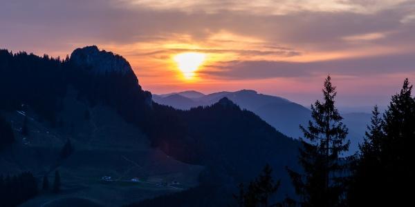 Abendrot in den westlichen Chiemgauer Alpen.