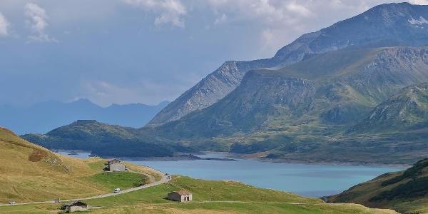 Le Col et le Lac du Mont-Cenis