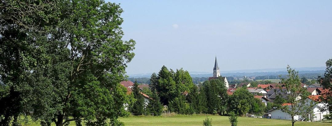 Blick auf die Gemeinde Malching
