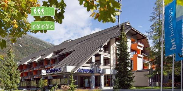 Hotel Kompas entrance