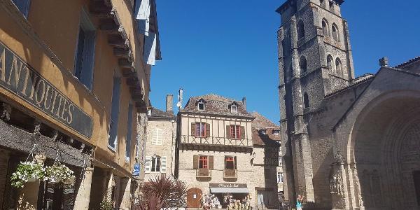 L'abbatiale à Beaulieu-sur-Dordogne