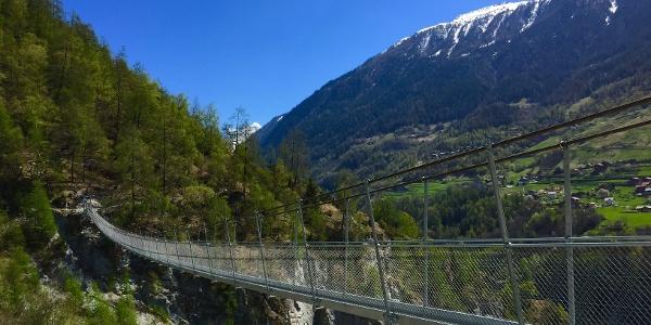 Ossona suspension footbridge