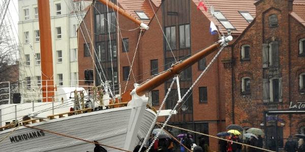 Der Bug des Segelschiffes Meridianas in Klaipeda