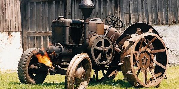 Ein alter Traktor im Bauernhofmuseum Riedenburg