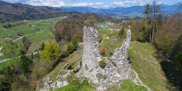 Pusti grad (Lipnica Castle ruins)