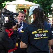 Les reporters en herbe de Media Pitchounes avec Emmanuel Macron en juillet 2017