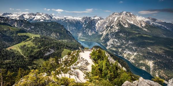 Der Königsblick vom Gipfel des Jenners zum Königssee