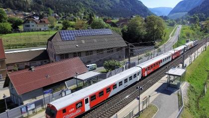 Radsprinter im Bahnhof Puch/Weissenstein