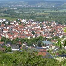 Blick auf Gau-Algesheim von der GaGa-Hütte