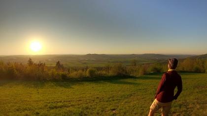 Sonnenuntergang am Veitsberg - Blick auf das Maintal bei Ebensfeld