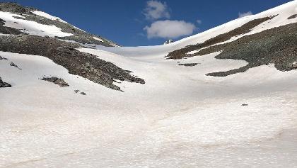Aufstieg zur Furcla Faller über Schneefeld