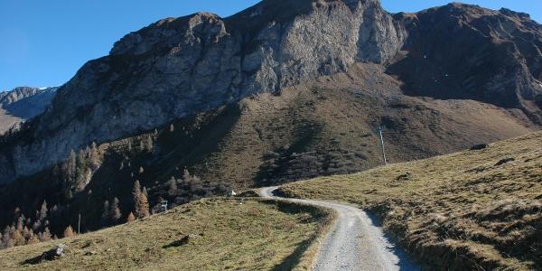 Der imposante Alpstein trohnt über der Alp Farur