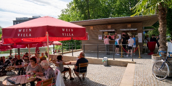 Weinpavillon an der Neckarbühne
