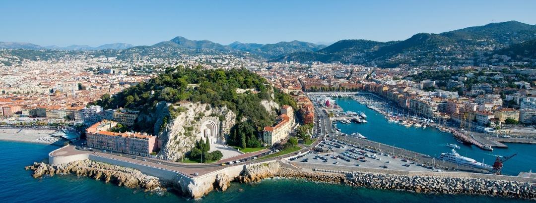 Vue sur Nice et l'arrière-pays niçois