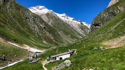 Clarahütte und Rötspitze