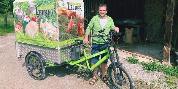 Hans Lecker mit seinem Lastenfahrrad