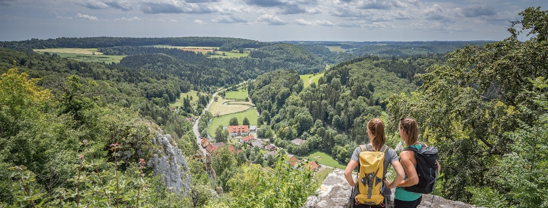 Burgruine Hohengundelfingen - Blick ins Lautertal