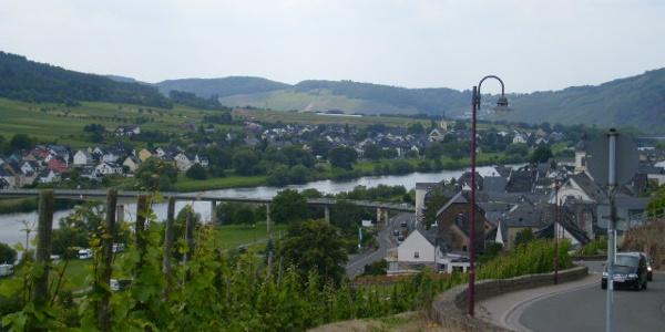 "Kinheim / Kindel bei ""Abstieg"" Wanderweg 6"