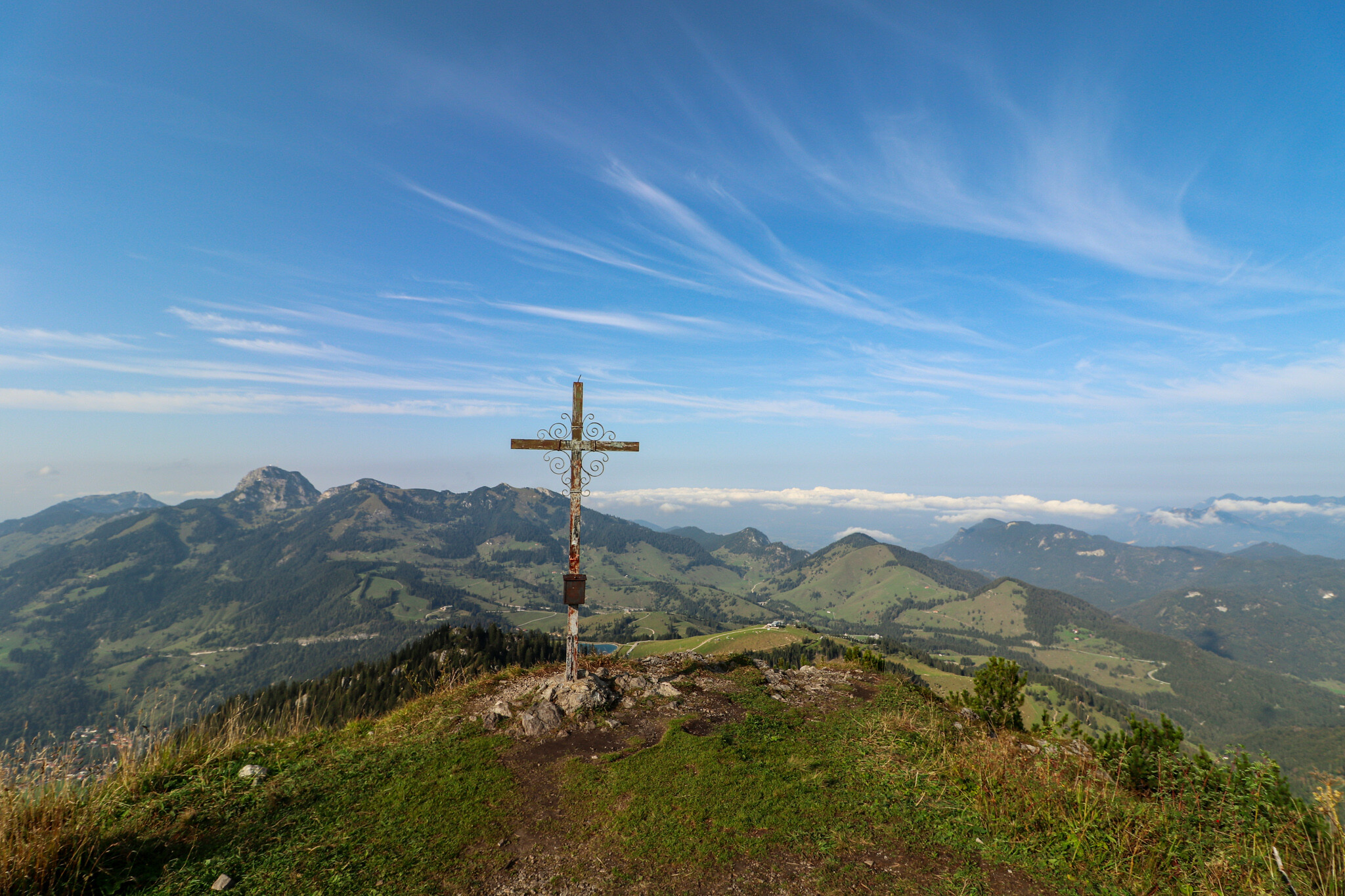 Gipfelkreuz am kleinen Traithen