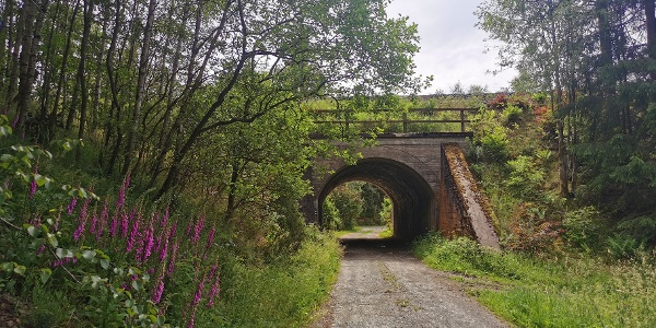 Eisenbahnüberführung