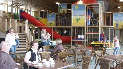 Indoor-Spielparadies Western-Joe