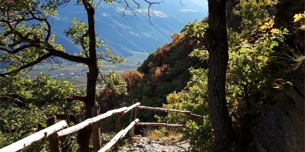 Von Partschins auf den Sonnenberger Panoramaweg nach Naturns