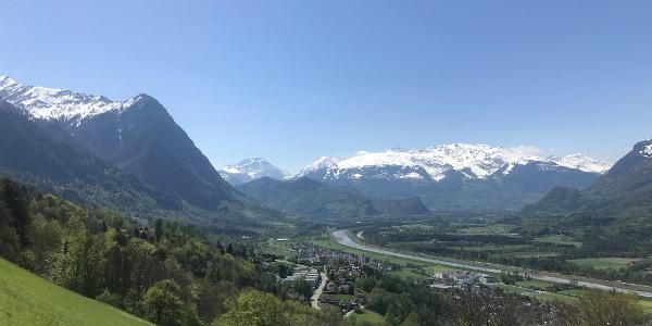 Ausblick vom Grüschaweg Richtung Triesen
